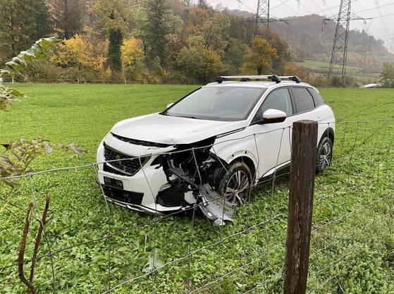 Itingen/A22 BL, 23. Oktober: Ein Personenwagenlenker verursachte einen Selbstunfall. Personen wurden keine verletzt.