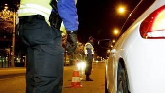 Autofahrer müssen bei Verkehrskontrollen bald mit strengeren Drogentests rechnen (Symbolbild)