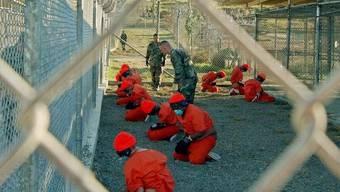 Häfllinge im Gefangenenlager Guantanamo.