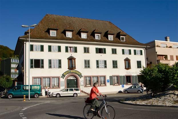 Das Hotel Monti, wie man es heute kennt. Nach ihm ist auch der Monti-Kreisel benannt.