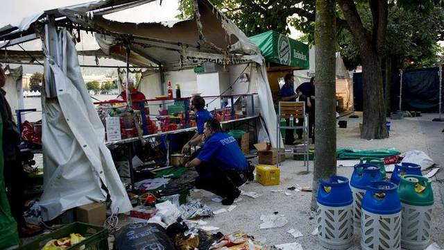 Das zerstörte Zelt nach der Explosion in Luzern