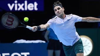 Roger Federer kämpft um jeden Ball