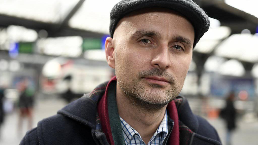 Mit dem SP-Mann Nenad Stojanovic wird am Samstag ein ungewohnter Redner vor den SVP-Delegierten für ein Referendum gegen die Umsetzung der Masseneinwanderungsinitiative werben.