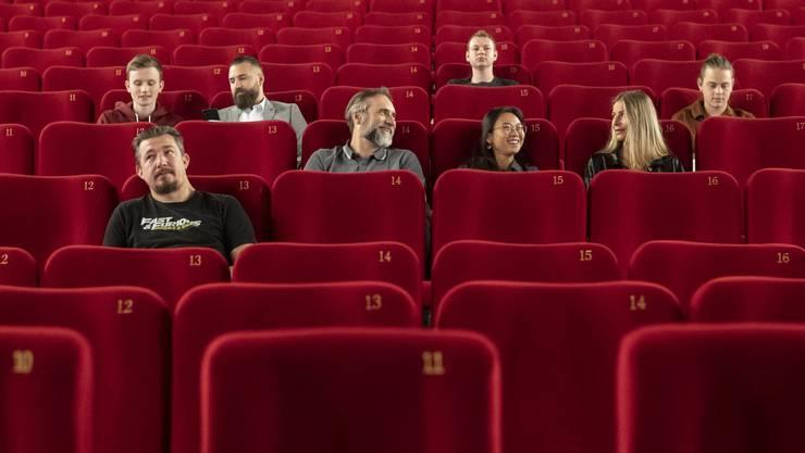 Probesitzen: Am Samstag gehen die meisten Kinos wieder auf. Theateraufführungen und Konzerte bleiben vorerst Mangelware.