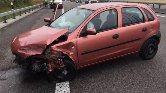 Am Auto entstand ein Sachschaden von zirka 5000 Franken.