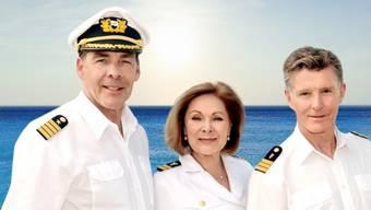 """Sascha Hehn (l) verlässt die TV-Serie """"Das Traumschiff"""". Er findet, die Sendung habe ihren Charme verloren. Und weil er den seinen noch etwas behalten will, steckt er auf. (ZDF)"""