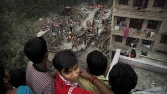 Über 60 Tote bei Hauseinsturz in Neu-Delhi