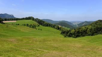 Panorama Challhoechi (die beim Belchen zwischen Eptingen und Ifenthal) in Richtung Nordwest