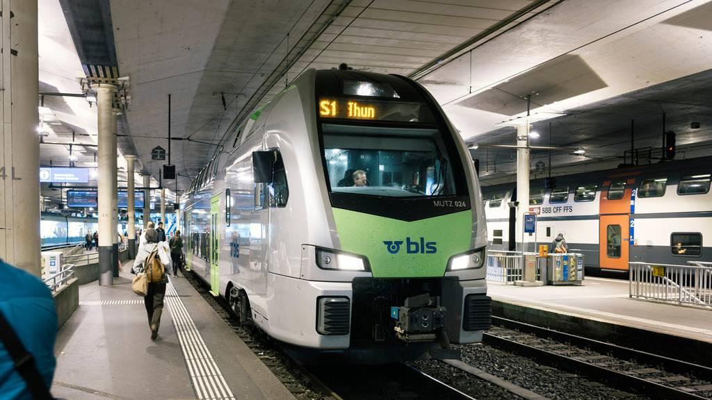 Zug entgleist kurz nach der Abfahrt in Bern