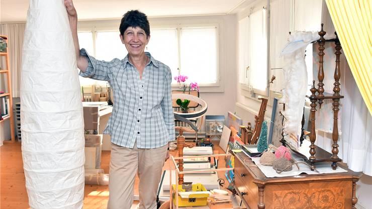 Adelheid Hanselmann in ihrem Oltner Atelier, das sie nun aufgibt. Bruno Kissling