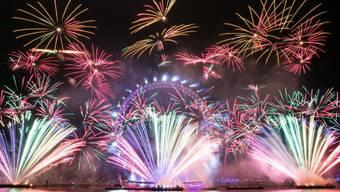 Wenn das Silvester-Feuerwerk gezündet wird, ist für viele die Zeit der guten Vorsätze. Doch diese währen oft nicht lange.