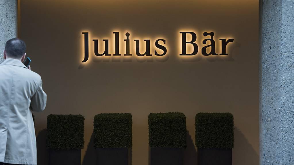 Bei der Vermögensverwaltungsbank Julius Bär könnte im Fall eines argentinischen Kunden Vorschriften zur Gelwäschereibekämpfung verletzt haben. (Archivbild)