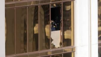 75 Minuten hat es gedauert, bis die Polizei in Las Vegas das  Zimmer stürmte, von dem aus Stephen Paddock das Feuer auf die 22'000 Konzertbesucher eröffnet hatte.