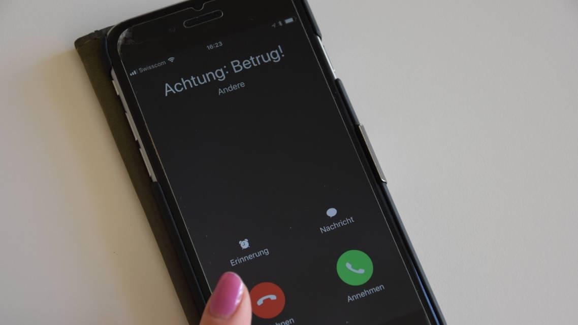 Richtige Polizisten verlangen nie telefonisch nach Geld.