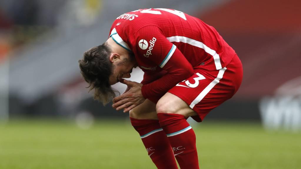 Der Leader unterliegt im Derby dem ersten Verfolger Manchester United 0:2