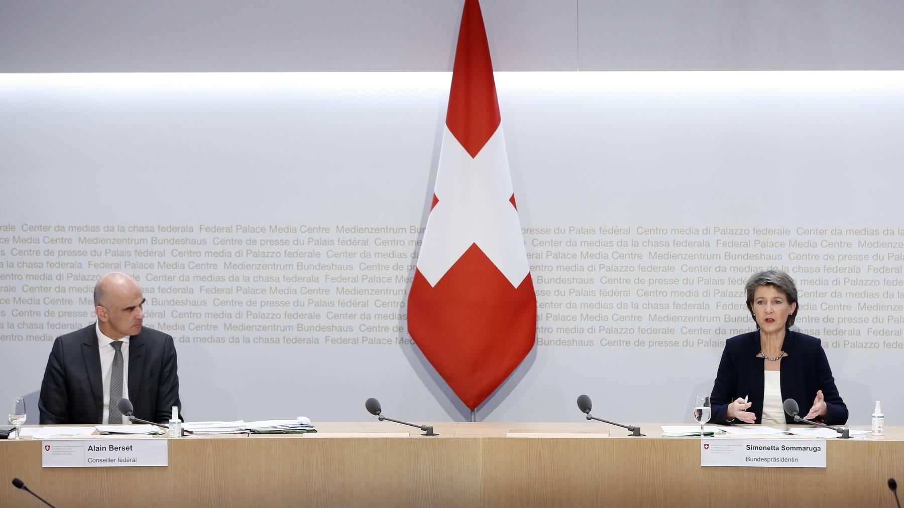 Die Vorschläge des Bundesrates zu weiteren Massnahmen lösen bei den Parteien keine Begeisterungsstürme aus. (Symbolbild)