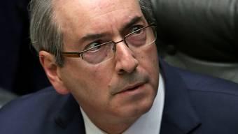Der brasilianische Parlamentspräsident Eduardo Cunha ist zurückgetreten. Er war wegen einem Schmiergeldskandal bereits von seinem Amt supendiert. (Archiv)