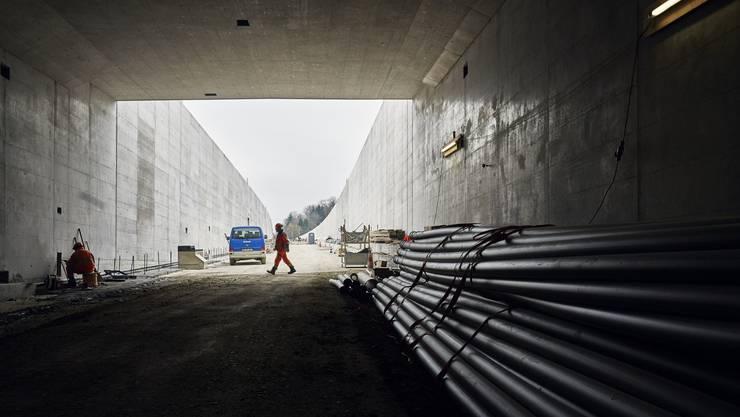 Ein Meilenstein ist geschafft: Der Tunnel beim A1-Zubringer in Lenzburg ist fertig. Zwei Monate früher als geplant.