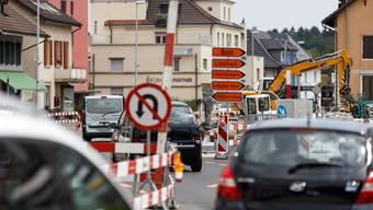 Schilder- und Baustellenlabyrinth am Kreuzplatz Derendingen: Die Situation für das Gewerbe ist mehr als schwierig.