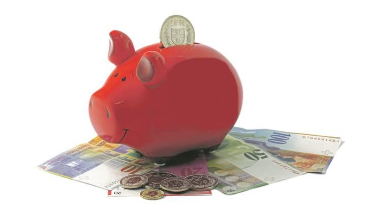 Geld auf Bankkonten erbringen keinen Zinsertrag.