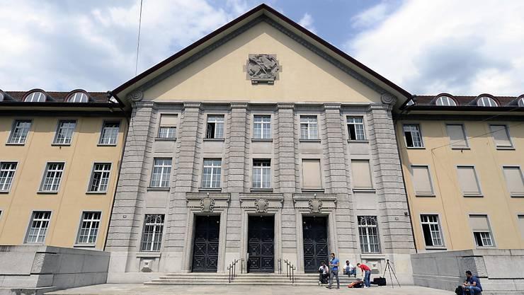 Vor Bezirksgericht Zürich begann gestern Mittwoch ein Prozess wegen Kindsmisshandlung.