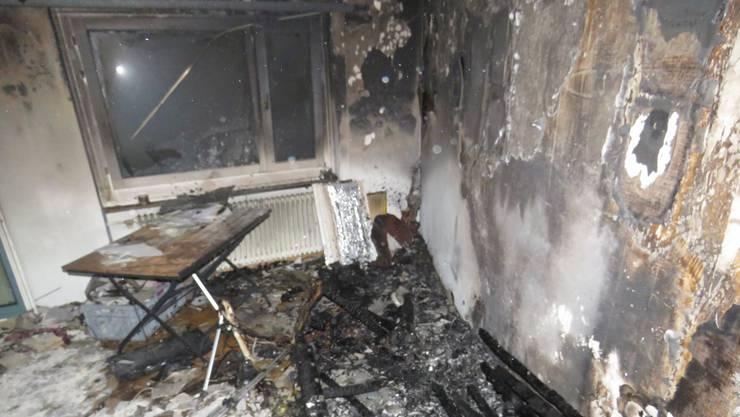 Vom Brand  betroffen war ein Mehrfamilienhaus am Barbaraweg in Aarau.