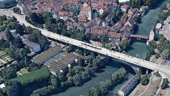 Geht es nach dem Kanton, soll die Hochbrücke in Zukunft als Trassee für die Limmattalbahn dienen.