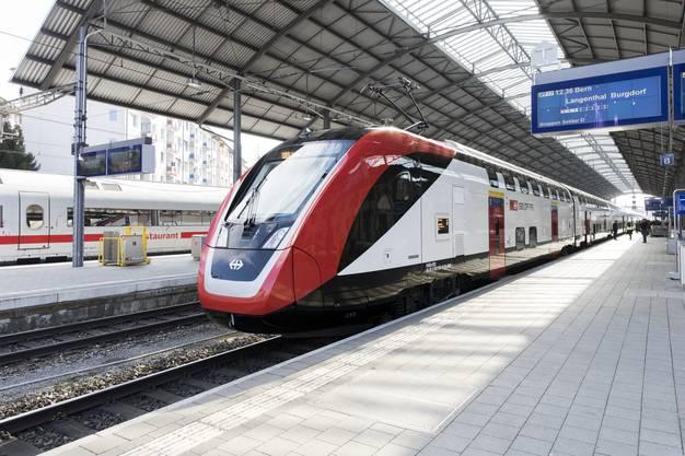 Unterwegs im neuen Fernverkehrs-Doppelstockzug (FV-Dosto) der SBB auf einer Fahrt als IR 17 von Zürich HB nach Olten, am 26. Februar 2018. Der Fernverkehrs-Doppelstockzug wird von der SBB heute zum ersten Mal auf der Strecke Bern-Zürich und Zürich-Chur mit Kunden eingesetzt.