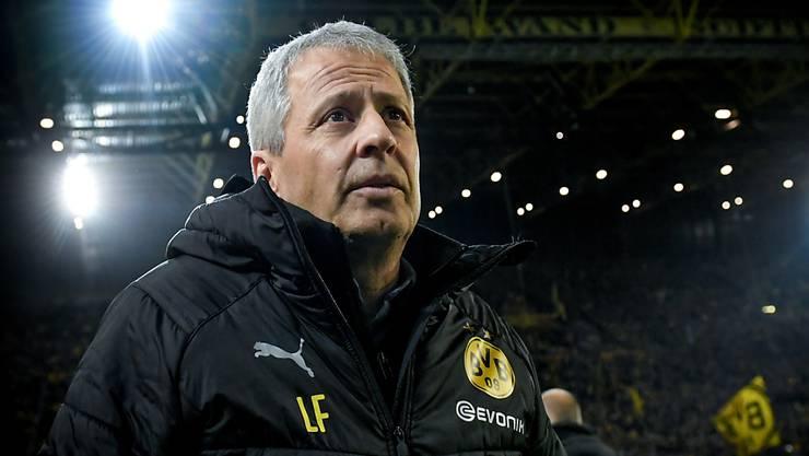 Dortmund-Trainer Lucien Favre vor dem Bundesliga-Spitzenkampf sichtlich angespannt