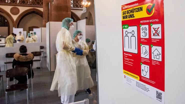 Aktuell (Stand Mittwoch 18.3.) wurden 101 Personen im Aargau positiv auf das Corona-Virus getestet. (Symbolbild)