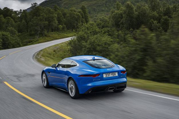 Jaguar F-Type i4