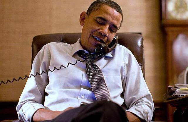 Obama bietet den Republikanern in einem Anruf die Zusammenarbeit an