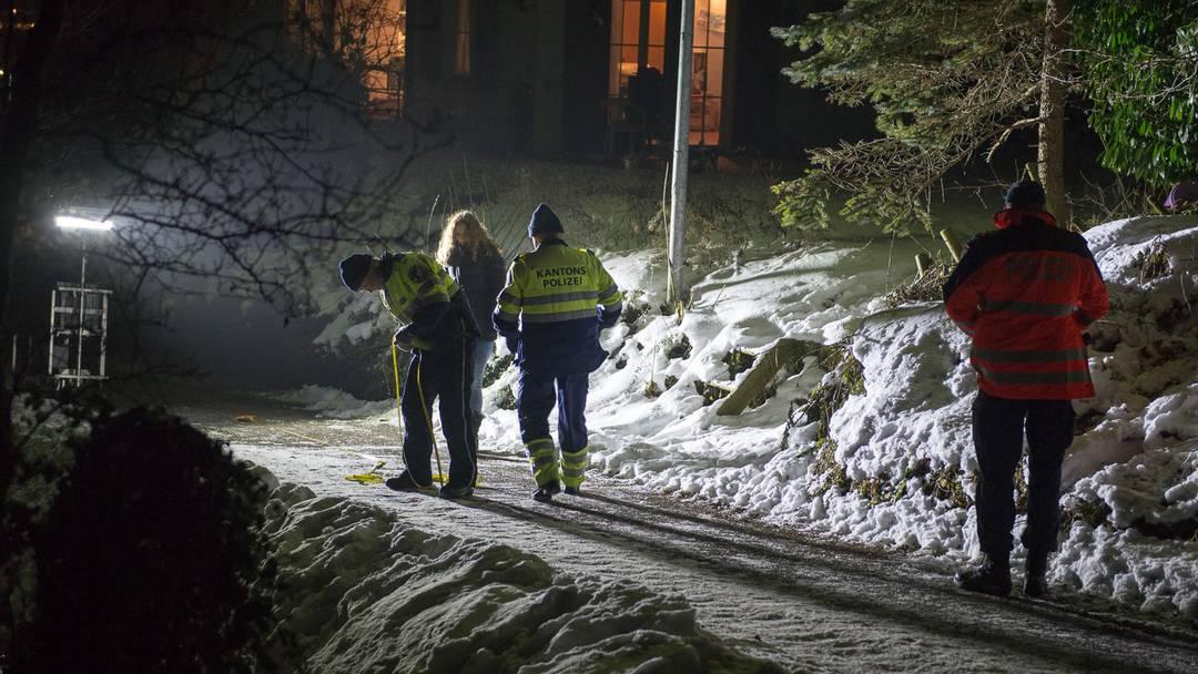 Schlittelunfall in Zeiningen: Drei Kinder bei Kollision mit Auto verletzt (21. Januar 2017)