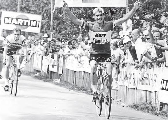 Eric De Vlaeminck  freut sich über seinen Sieg 1970.