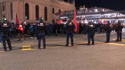Corona-Demo in Bern: Polizei fährt neue Taktik
