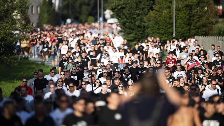Tausende Frankfurter pilgerten zum Qualifikationsspiel gegen Vaduz.