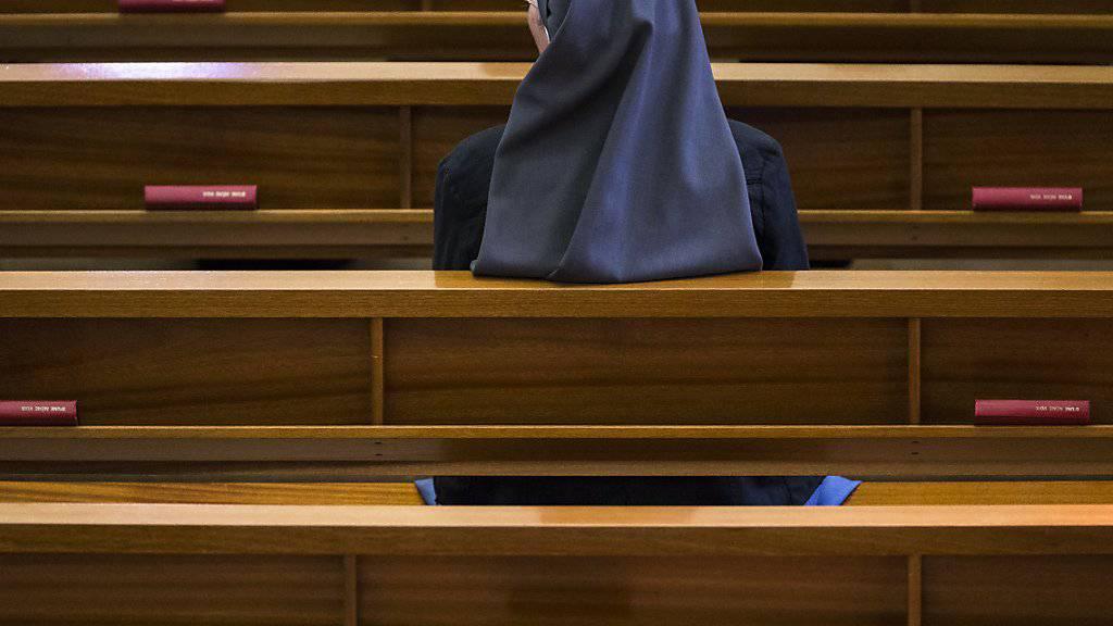 In der katholischen Kirche ist Frauen das Priesteramt verwehrt. (Symbolbild)