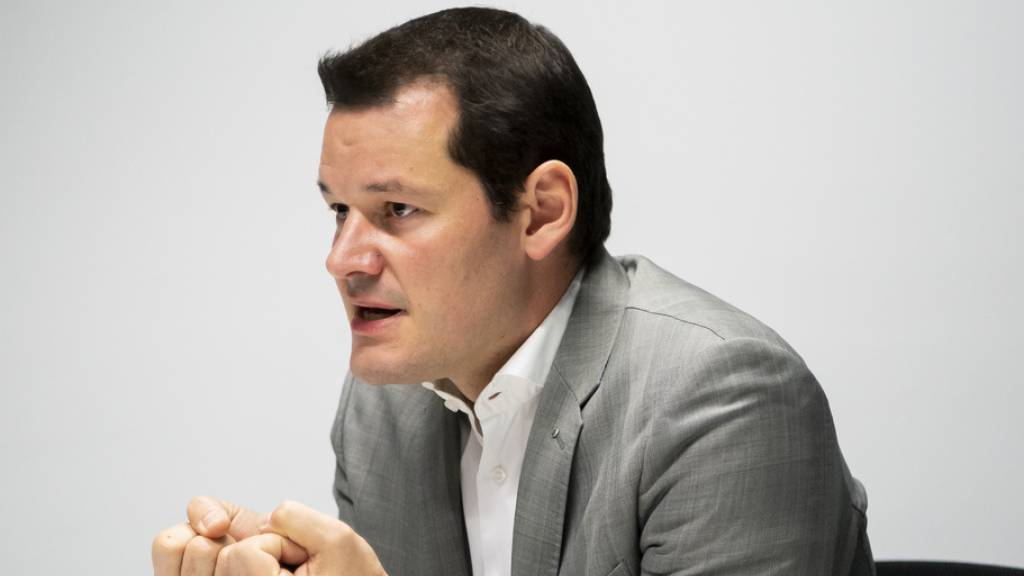 Maudet muss Mitte Februar inmitten des Wahlkampfs vor Gericht