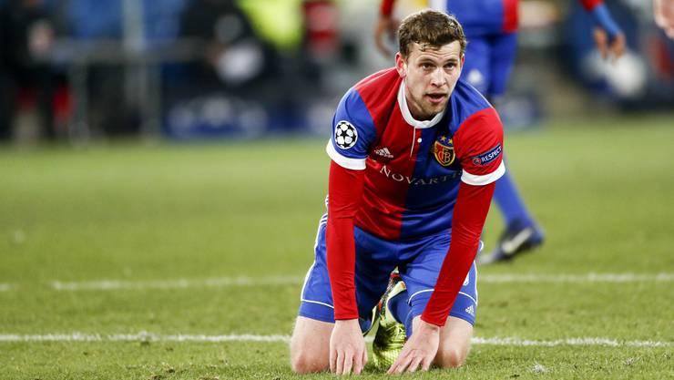 Da bleibt Fabian Frei nur noch das Staunen: Gegen Manchester City werden dem Rückkehrer des FC Basel deutlich die Grenzen aufgezeigt.