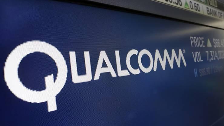 Der US-Chiphersteller Qualcomm darf vorerst nicht von dem in Singapur ansässigen Konkurrenten Broadcom übernommen werden. (Archivbild)