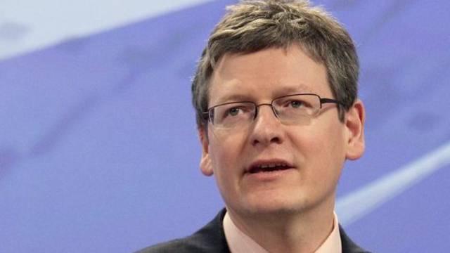 EU-Arbeitskommissar Andor nannte die Zahlen inakzeptabel (Archiv)