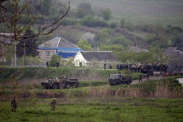 Ukrainische Truppen vor Slawjansk.