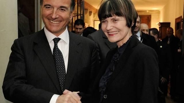 Auch beim Besuch des italienischen Aussenministers Frattini in der Schweiz kritisierte Bundesrätin Calmy-Rey die Diskriminierung (Archiv)