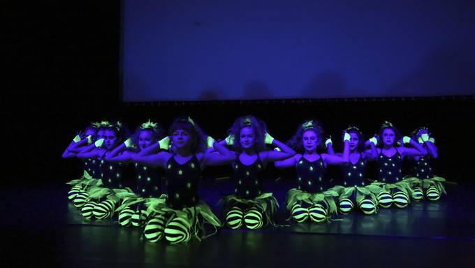 Fotos School Dance Award
