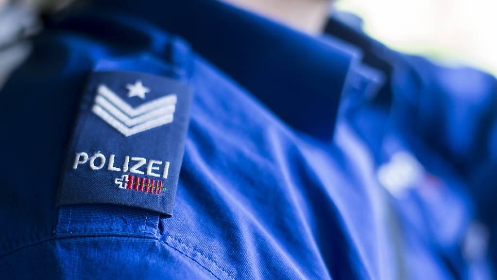 Die Schaffhauser Polizei warnt vor Telefonbetrügern. (Symbolbild)