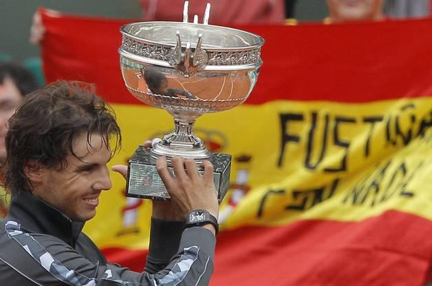14 Grand-Slam-Titel (1-mal Australian Open, 9-mal French Open, 2-mal Wimbledon, 2-mal US Open).