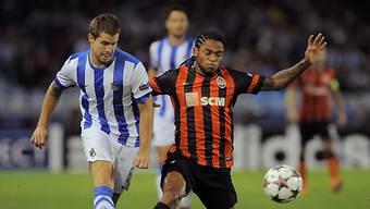 Iñigo Martinez (links) wechselte nach acht Jahren direkt von Real Sociedad nach Bilbao.