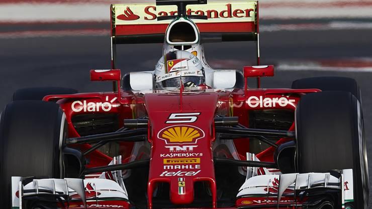 Sebastian Vettel fährt zum Auftakt der Formel-1-Tests in Barcelona im Ferrari die schnellste Runde