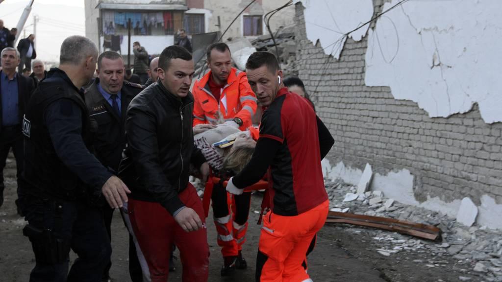 23 Tote bei schwerstem Erdbeben seit Jahrzehnten