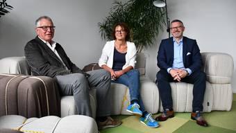 Arbeiten jetzt schon eng zusammen (v. l.): Christian Hauswirt (Präsident Spitexverein Bözberg-Rein), Rebekka Hansmann (Geschäftsführerin Spitex Region Brugg AG), Karsten Bugmann (Verwaltungsratspräsident Spitex Region Brugg AG).